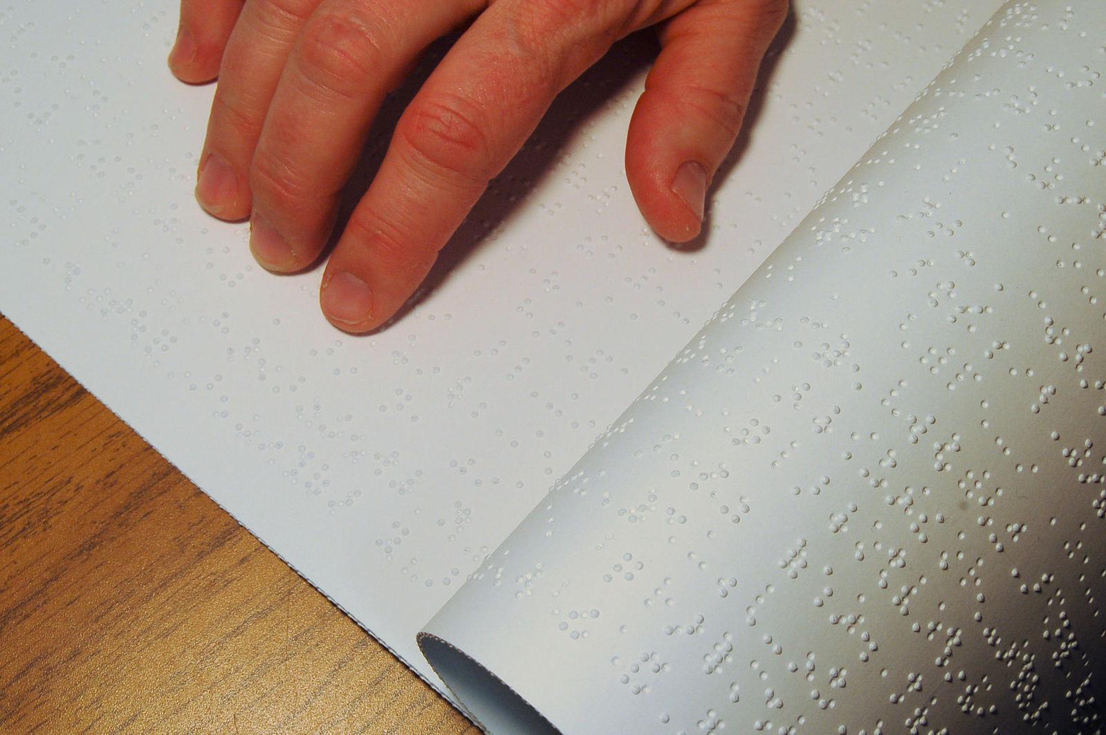 imagine sugestivă pagina tipărituri braille